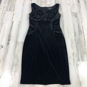 Jessica Howard black velvet midi dress size 6